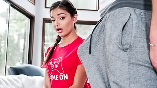 Brunette babe Emily Willis has been obsessed with video games for a while now, and her boyfriend, Justin Hunt, is feeling a little neglected
